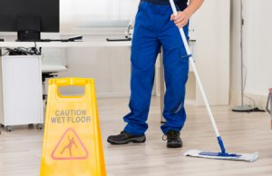 Things to consider before opting for a commercial cleaning service